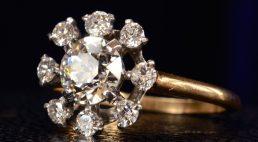 Złoty, srebrny… pierścionek